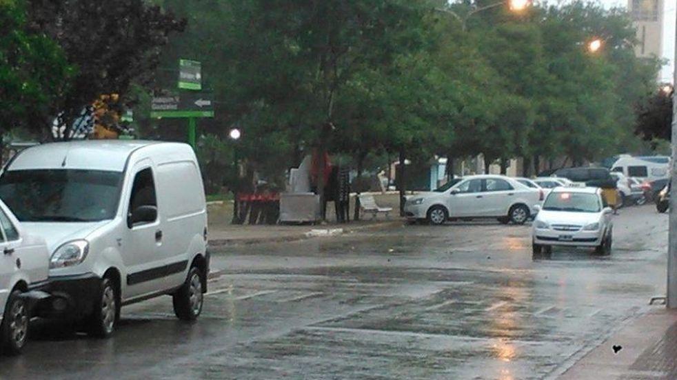 Se cumple el tercer dia con alerta por tormentas fuertes para La Rioja