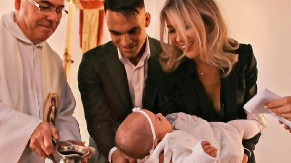 Agustina Gandolfo y Lautaro Martínez bautizaron a su hija Nina