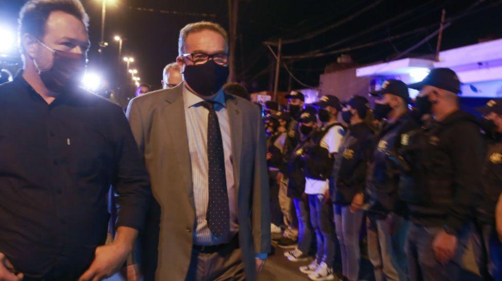 Ya en funciones, Lagna supervisó operativos de saturación policial en barrio La Tablada