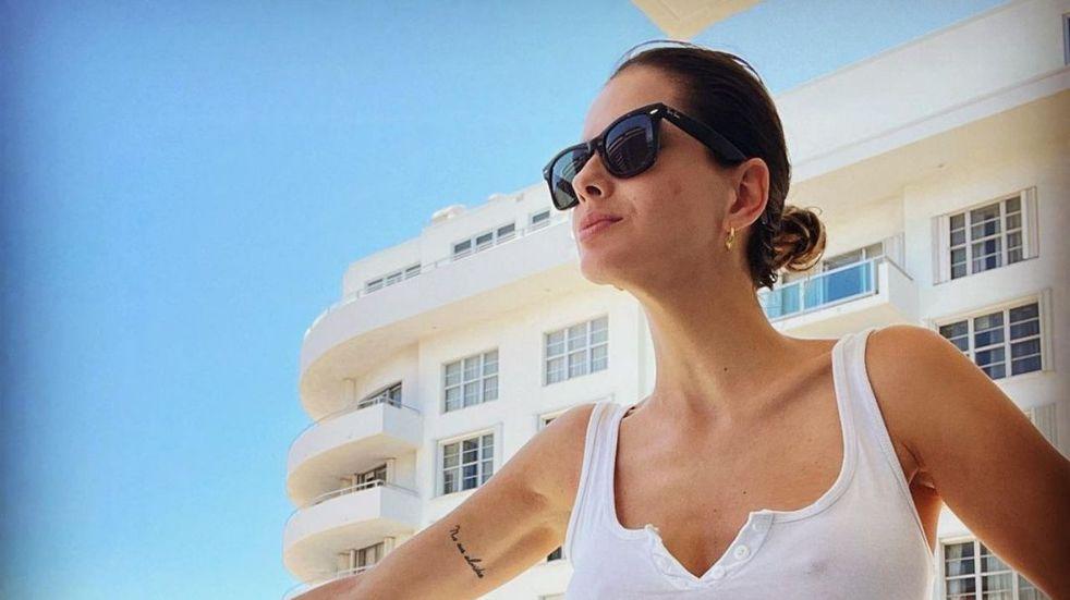 La China Suárez posó en bikini mientras recorría las calles de Estados Unidos