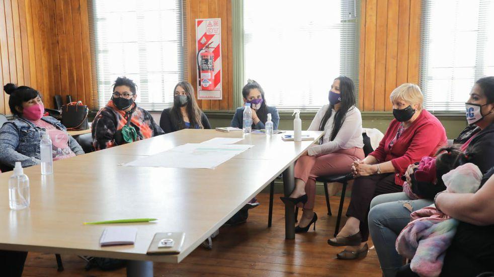Encuentro con mujeres referentes de la Corriente Clasista y Combativa, en Casa Municipal de Margen Sur