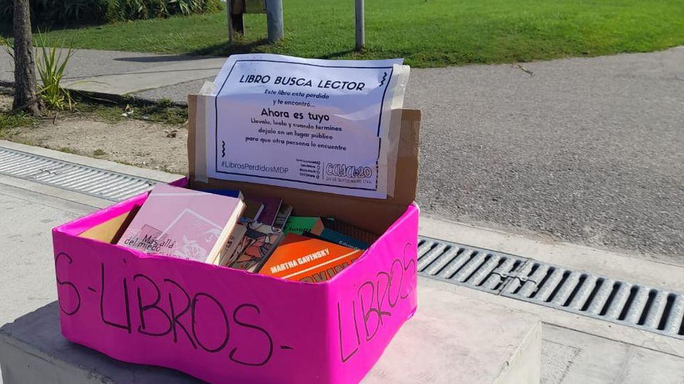 La ONG de Mar del Plata invita a dejar libros en 100 puntos de la ciudad