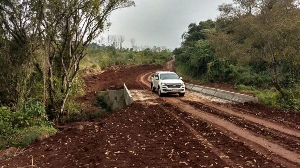 Colonia Delicia: quedó habilitado un nuevo puente sobre el arroyo Yacutinga