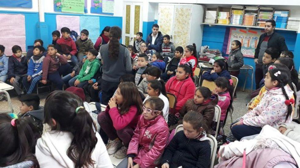 """Se realizaron charlas de """"Salud Bucal"""" en las escuelas de Alta Gracia"""