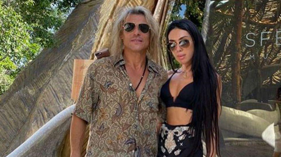 Claudio Caniggia y Sofía Bonelli lucen enamoradísimos y pasan sus vacaciones en las playas del Caribe