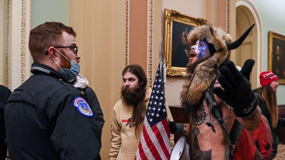 Así ingresaron manifestantes pro Trump al Congreso de Estados Unidos