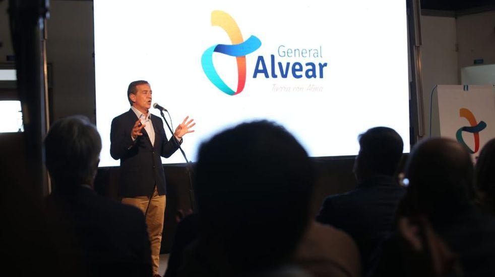 El gobernador Rodolfo Suarez anunció la construcción del Polo Educativo en General Alvear.