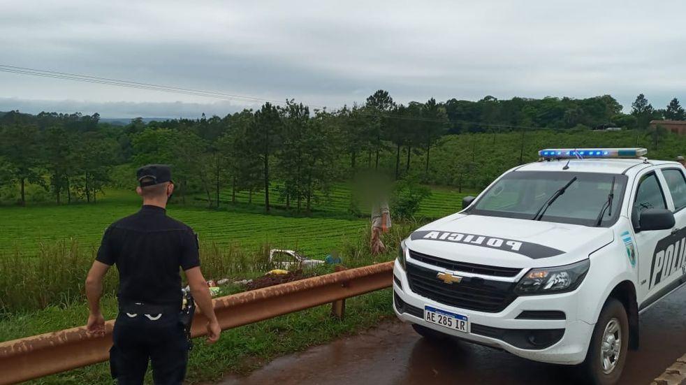 Dos personas resultaron heridas tras despistar con su camioneta en Colonia Guaraní.