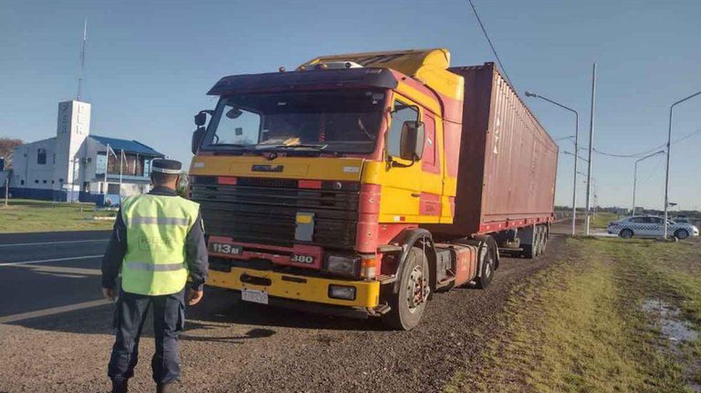 El Scania modelo 113M 380, que manejaba el acusado.