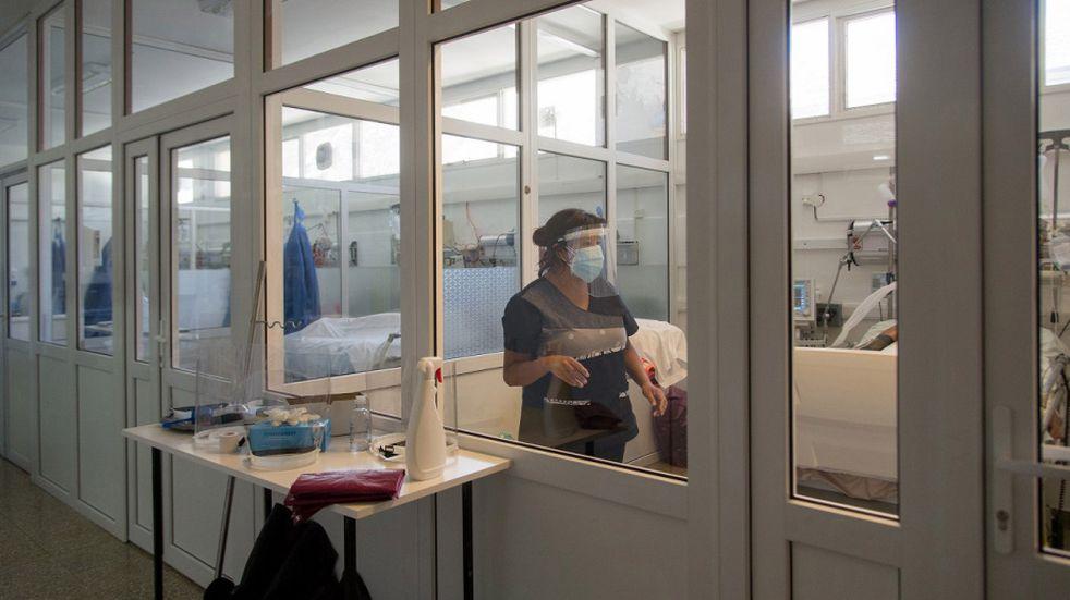 Crece la preocupación en Bariloche por el colapso de las camas de terapia intensiva
