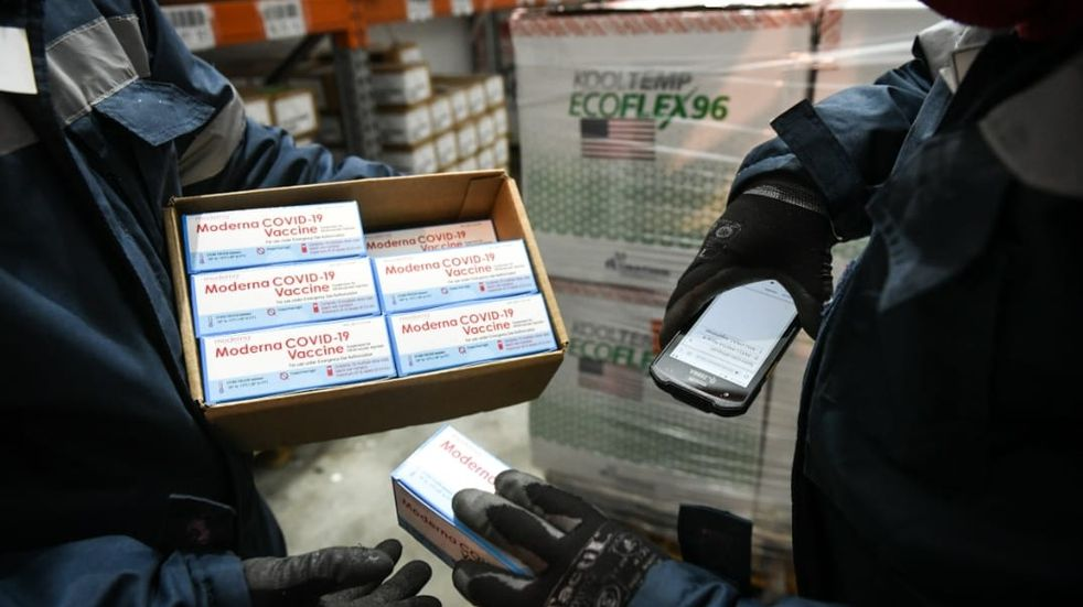 Llegarán a Salta 47.600 vacunas de Moderna para combinar con la primera dosis de Sputnik V