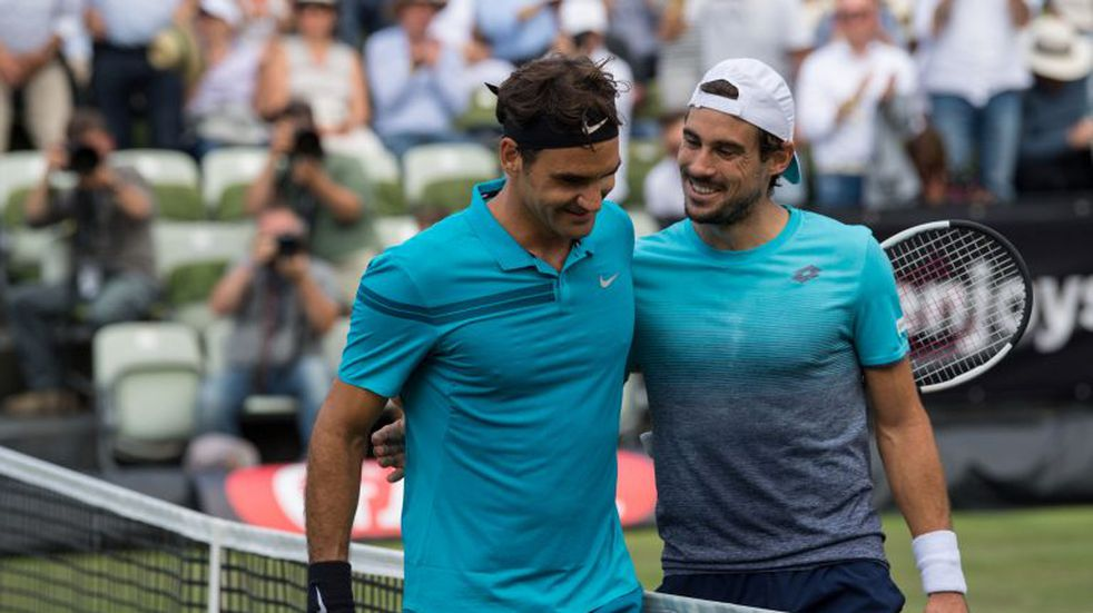Federer eliminó a Pella y es semifinalista en Stuttgart