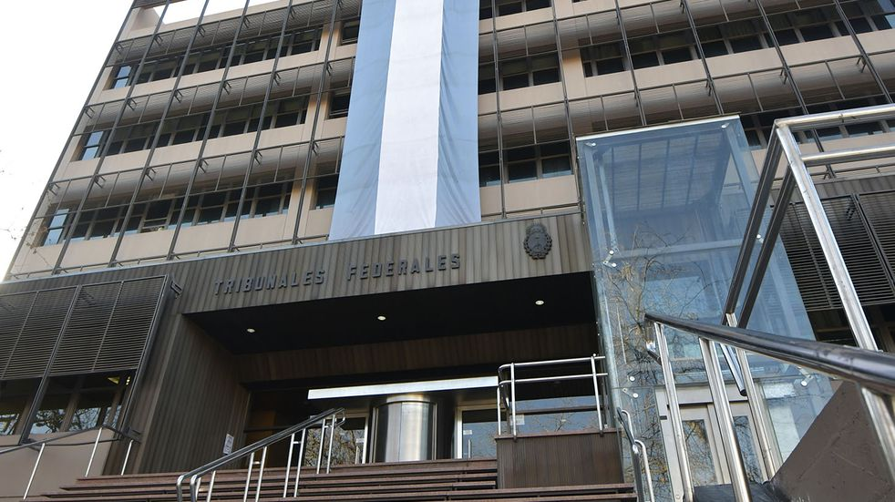 El abogado Germán Zydiak fue encontrado muerto el viernes con una bolsas en la cabeza atada con cinta de embalar.