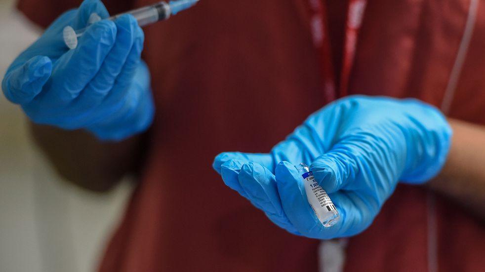 """Coronavirus: """"Estamos esperando recomendaciones para poder vacunar a menores de 18 años"""""""