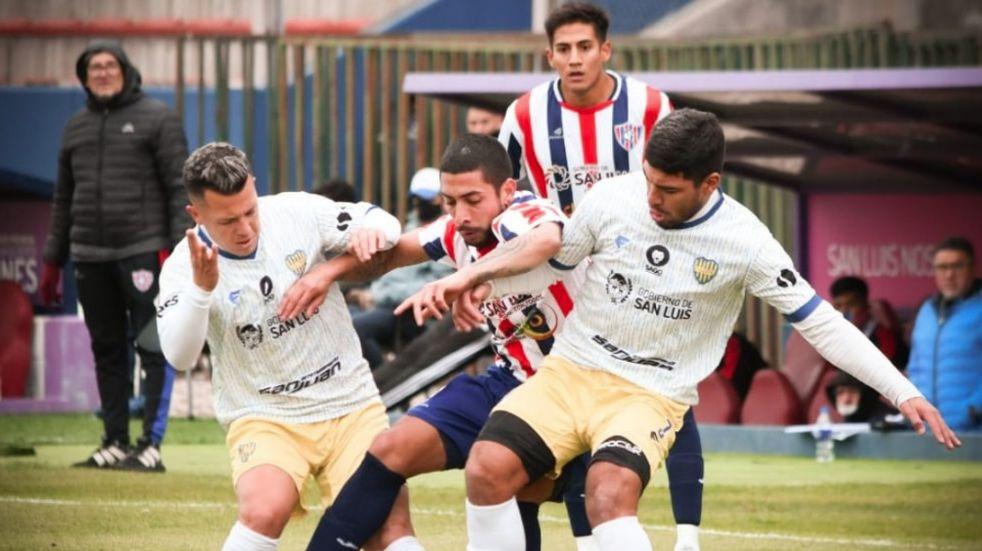 Juventud Unida de San Luis empató 0-0 con Peñarol de San Juan