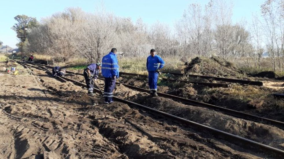 Huinca Renancó: maleantes descarrilaron el tren