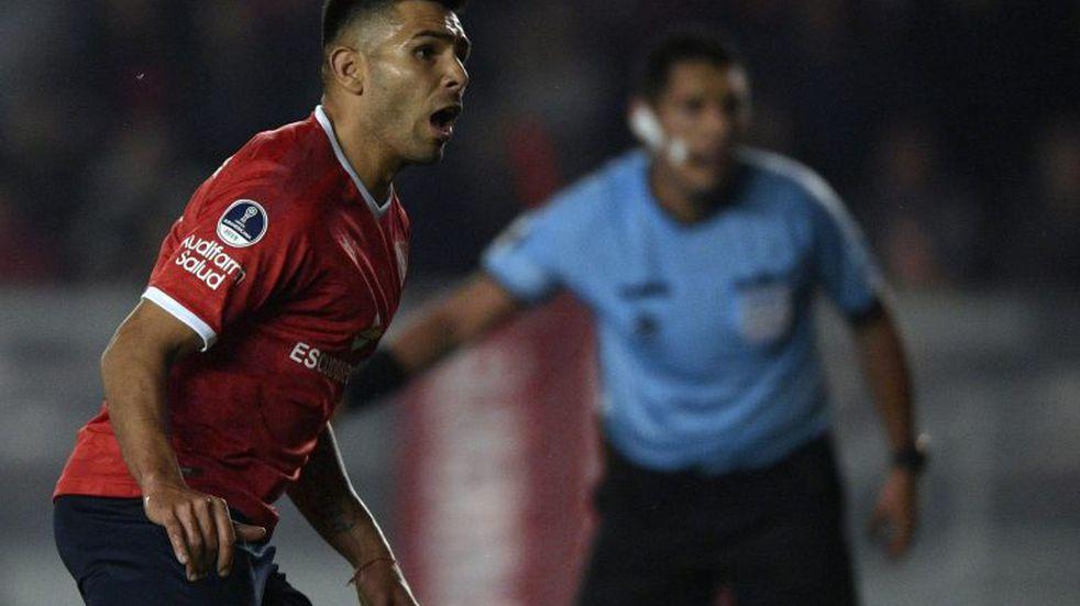 Independiente: Silvio Romero sufrió una leve distensión y está en duda para visitar a Vélez