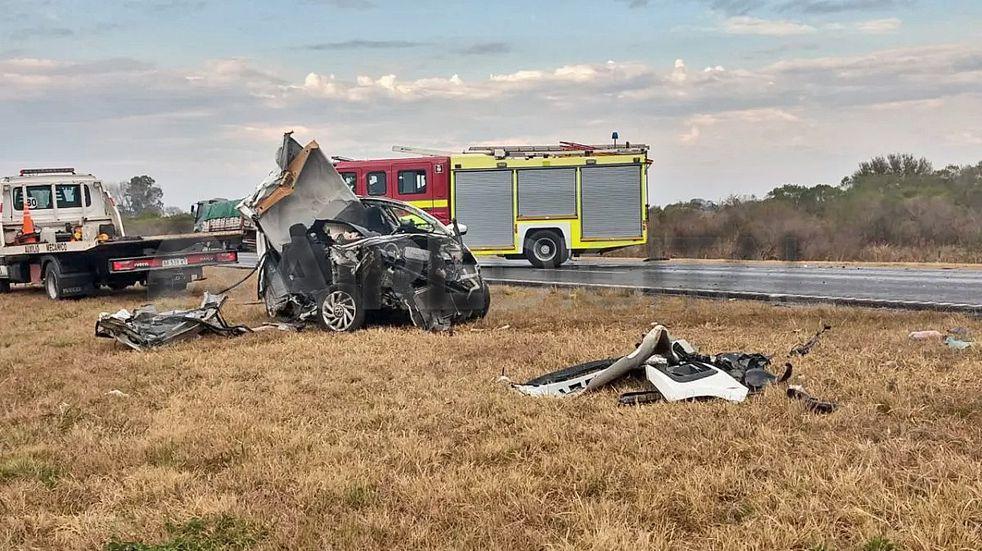 Murieron dos personas en un choque sobre la autopista Santa Fe – Rosario