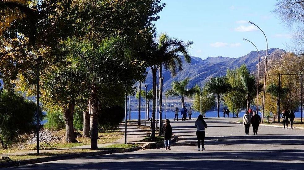 """Clima: continúa el alerta """"violeta"""" por bajas temperaturas en Punilla"""