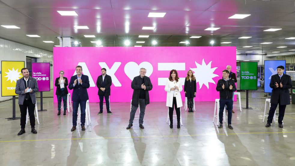 """El manual que presentó el Frente de Todos entre sus candidatos: """"Evitar triunfalismos y derrotismos"""""""