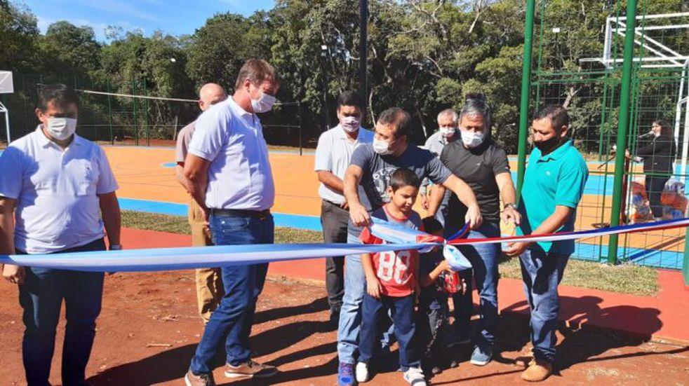 El gobernador Herrera Ahuad inauguró obras en Tres Capones