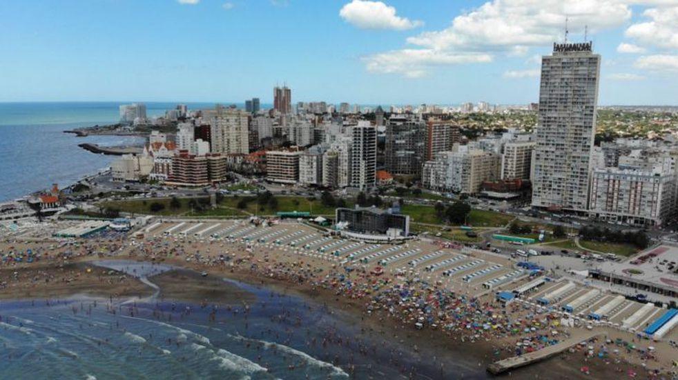 El Gobierno bonaerense ratificó que habrá temporada turística y le puso fecha