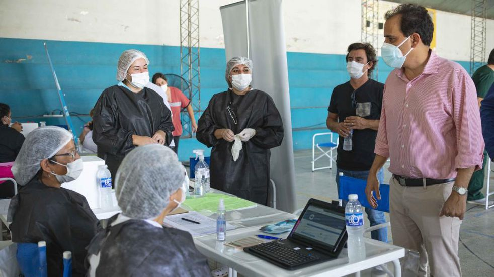 Río Cuarto: vacunarán a adultos mayores en sus domicilios