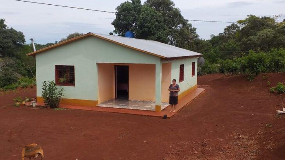 San Pedro: más de 20 mujeres participan en la construcción sus viviendas rurales