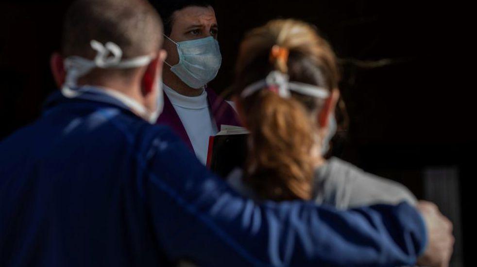 Madrid suspende al menos por dos semanas la vacunación por falta de dosis