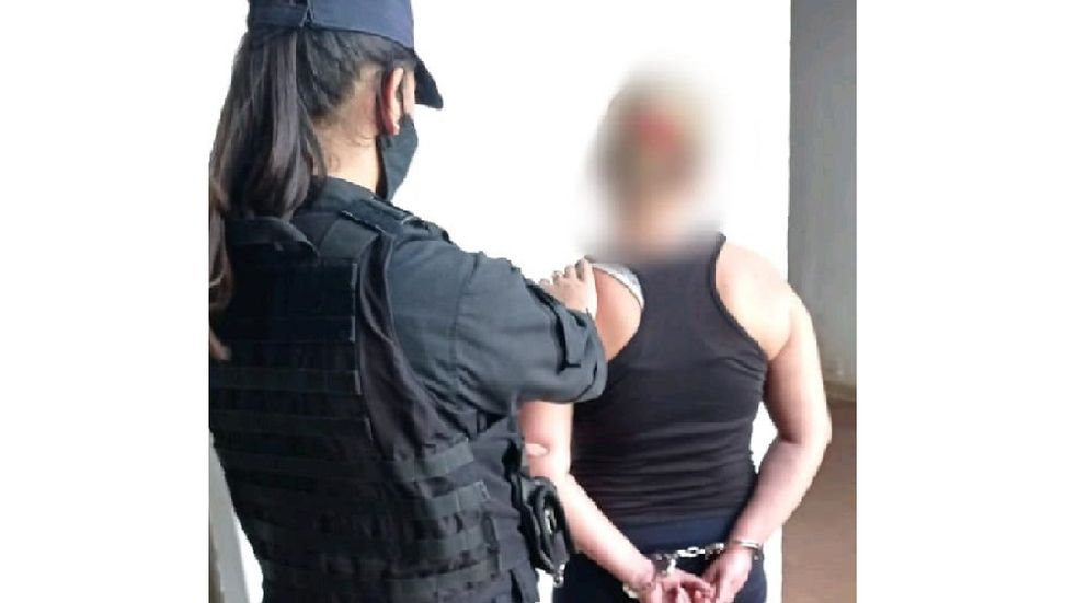 Garupá: una mujer apuñaló a un joven y terminó detenida