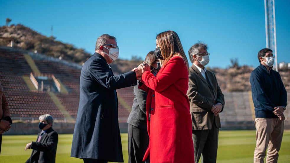 Entregaron fondos a clubes y municipios para obras deportivas