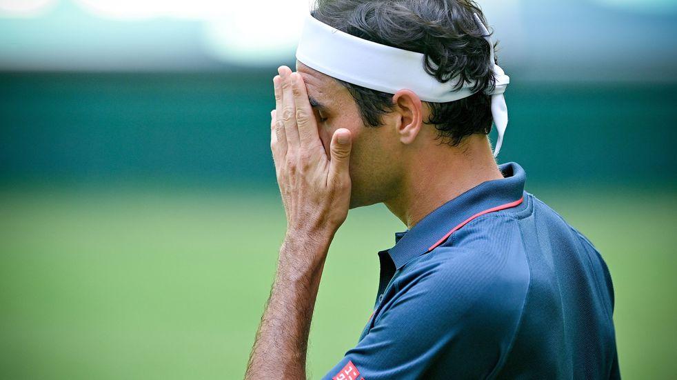 Roger Federer no pudo con Felix Auger-Aliassime y se despidió rápido de Halle
