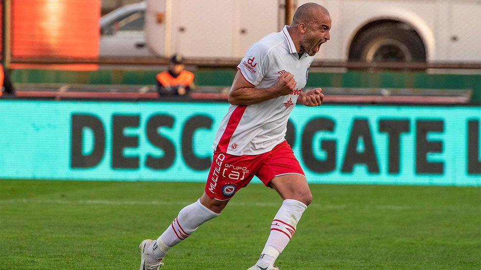 """Santiago Silva, feliz por poder volver a jugar: """"Se hizo justicia"""""""