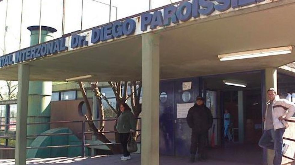 La víctima fue atendida en primer momento en el Hospital Paroissien de Maipú, luego trasladada al Central.