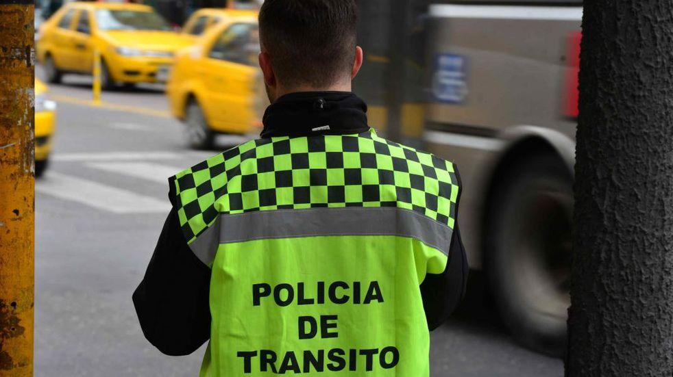 Los montos máximos de las multas podrían llegar a costar hasta $212 mil pesos. (Archivo/La Voz).