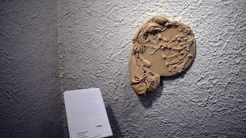 El arte no solamente se puede disfrutar con la vista, sino también con los otros sentidos. Por esa razón, desde la comuna se impulsa la creación de obras de este tipo.
