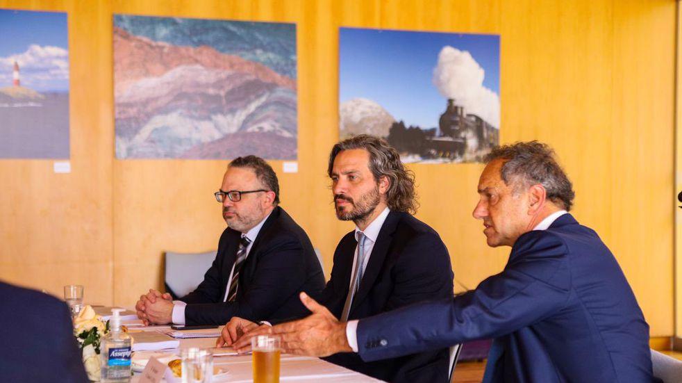 Argentina anunció un consenso con Brasil sobre arancel externo del Mercosur. Participaron Kulfas, Cafiero y Scioli.
