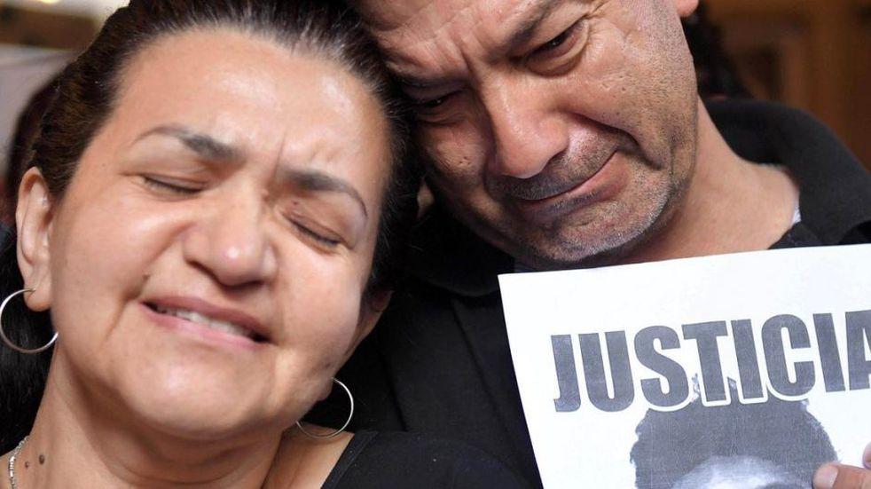 Fernando Báez Sosa: sus padres y amigos realizan una colecta solidaria en su homenaje