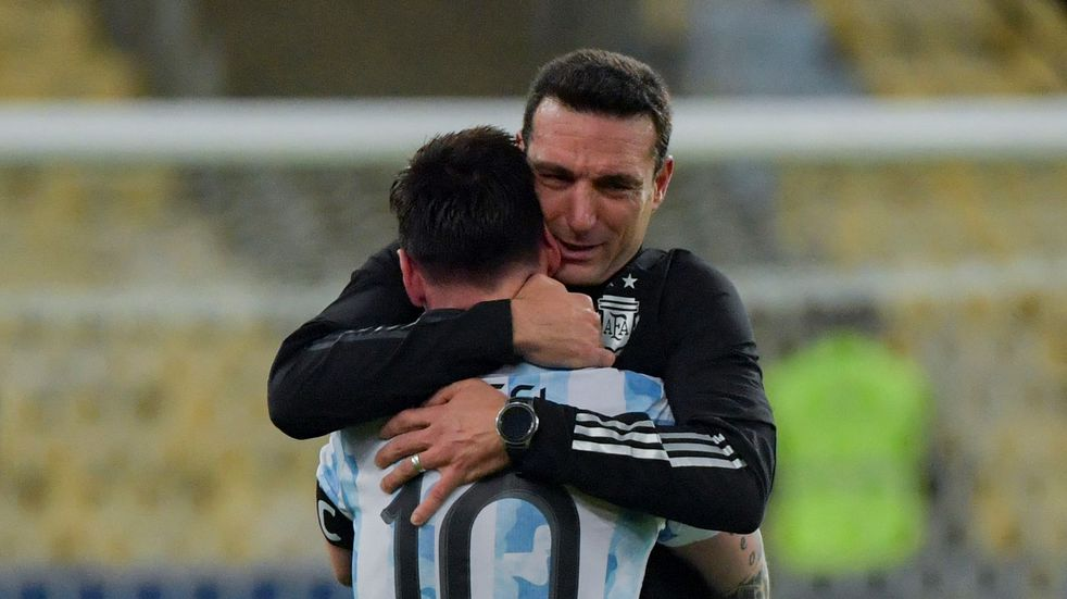 Lionel Scaloni reveló que Lionel Messi jugó la final con molestias en el isquiotibial