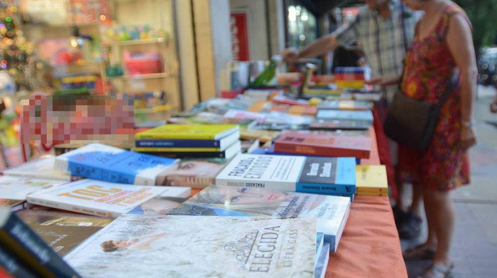 Vacaciones de invierno en Ciudad: este fin de semana habrá una feria de libros al aire libre