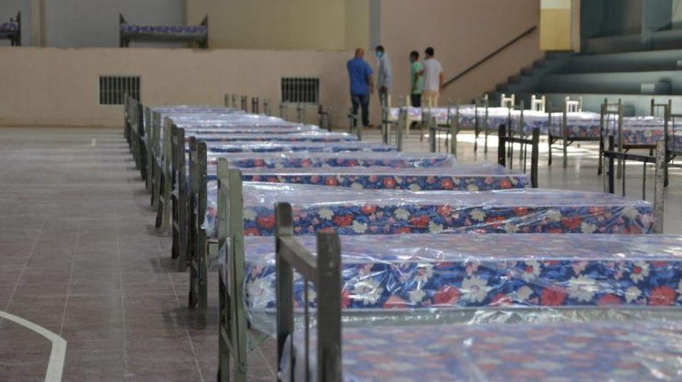 Arman hospitales de campaña para tratar el coronavirus en Salta