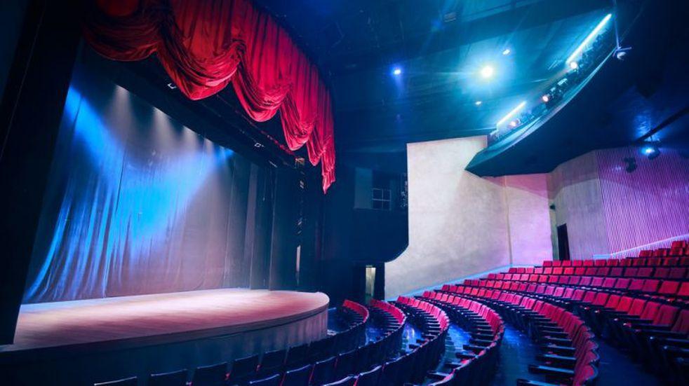 Flexibilizaciones en Córdoba: teatros si, bailes todavía no