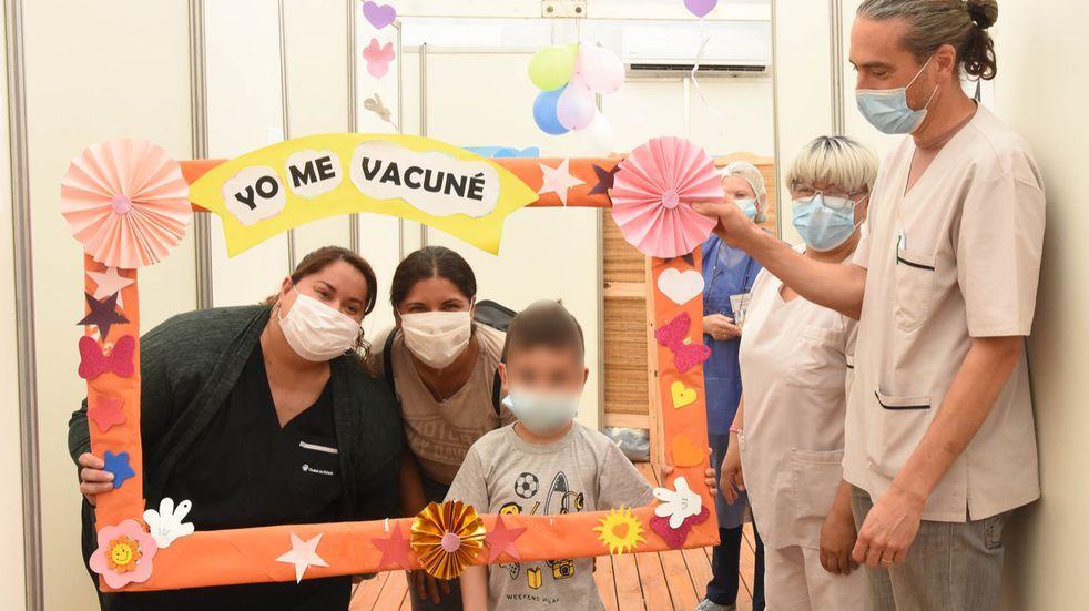Comenzó la vacunación de niños de entre 3 y 11 años contra el COVID