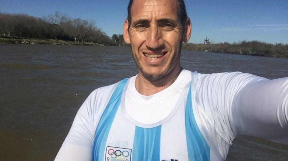 El remero Ariel Suárez desafió a Alberto Fernández y le pidió que ayude a limpiar la Pista Nacional de Remo