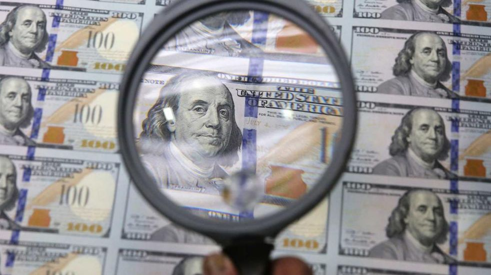 Dólar: el blue sube a tono con las crecientes tensiones económicas y políticas