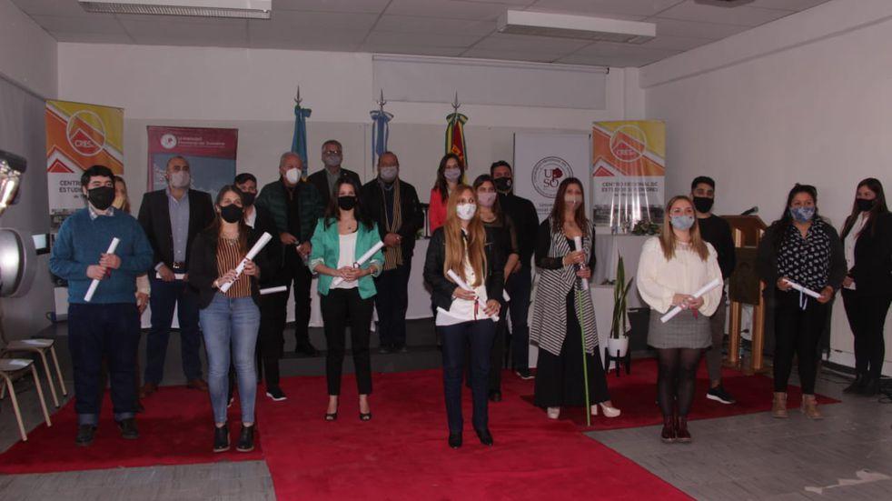 Acto de Colación de grado y entrega de diplomas en Cresta