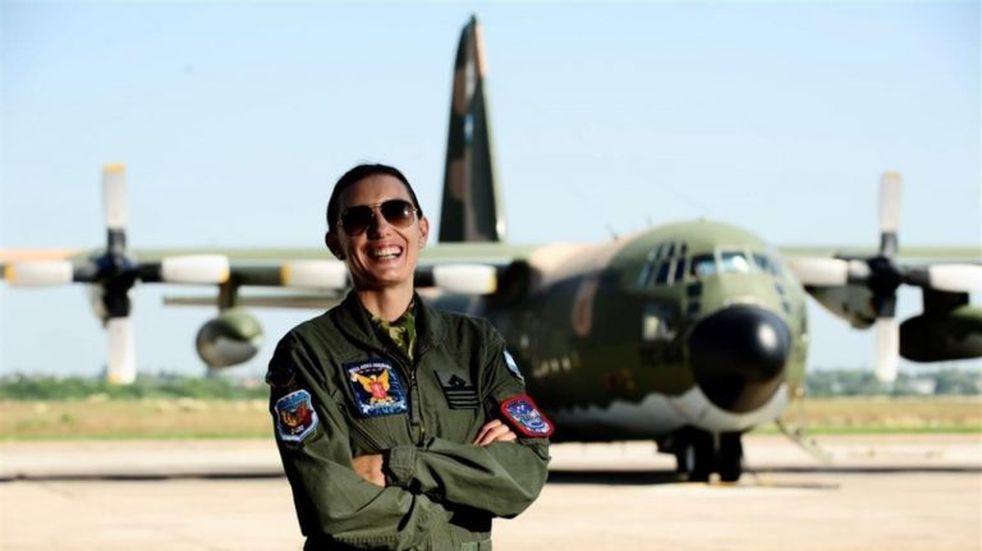 La historia de la única mujer argentina en volar un Hércules