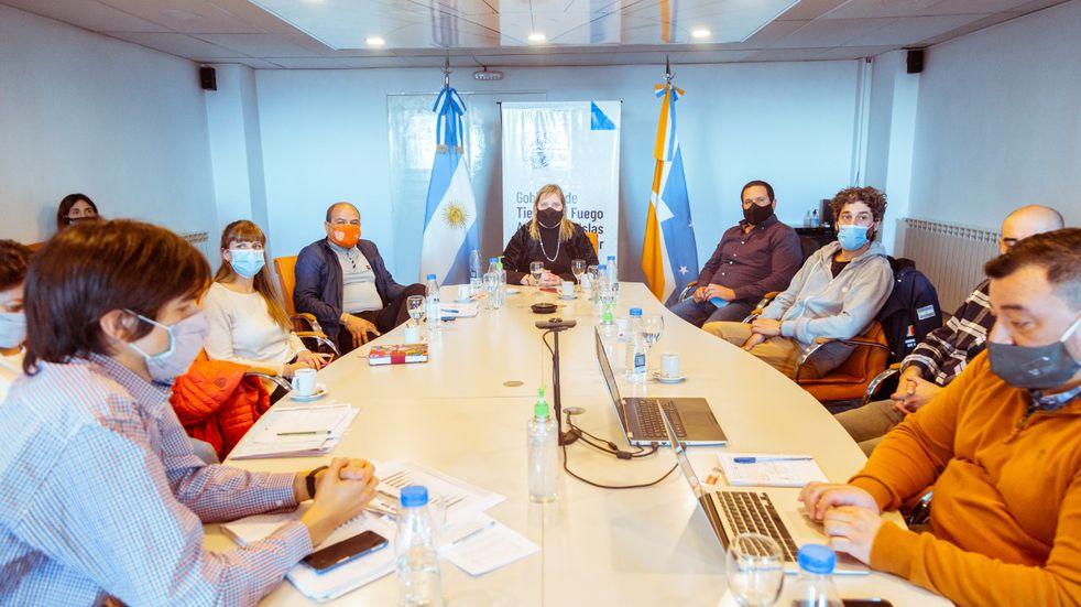 El COE y los Municipios analizaron la situación Epidemiológica de Tierra del Fuego