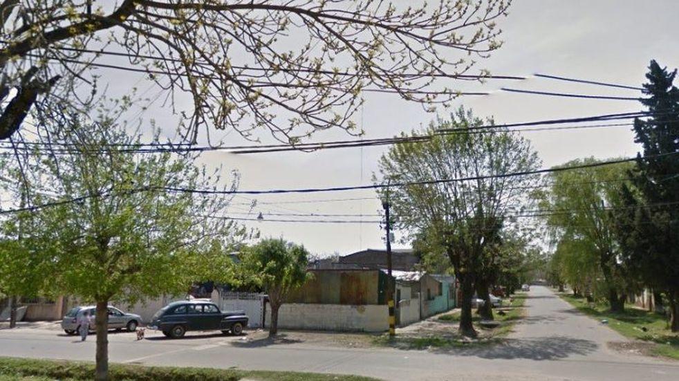 Joven de 16 años en grave estado tras ser baleado en barrio Tablada