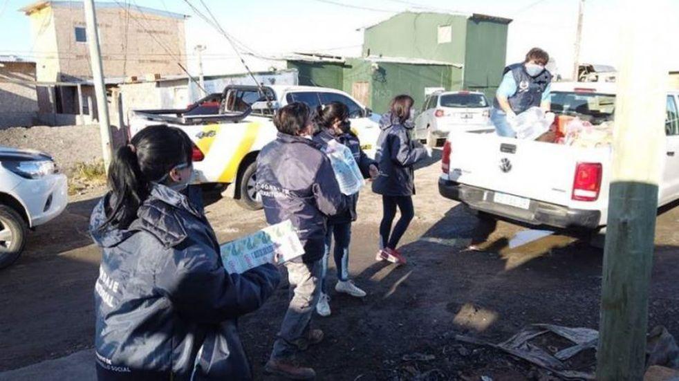 Se entregaron módulos alimentarios en distintos barrios